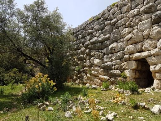 Der Aquädukt bei Delikkemer