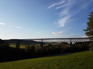 Eisenbahnbrücke über das Tal des Regen